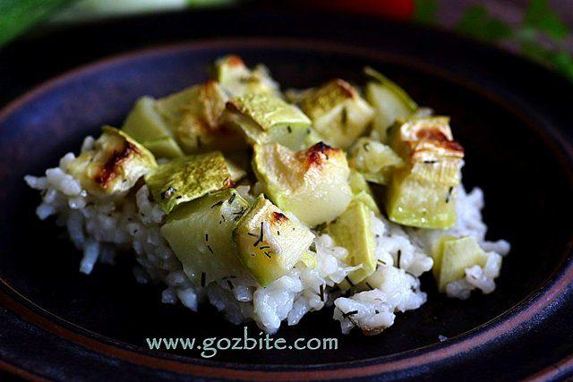 Сервиран тиквички с ориз