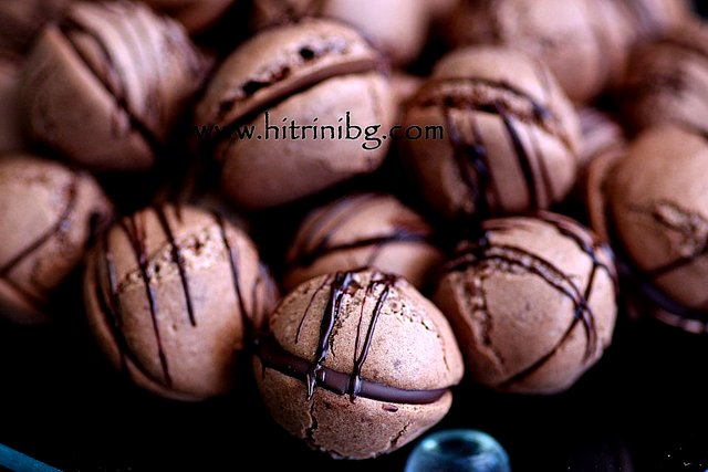 шоколадови целувки с лешници или орехи