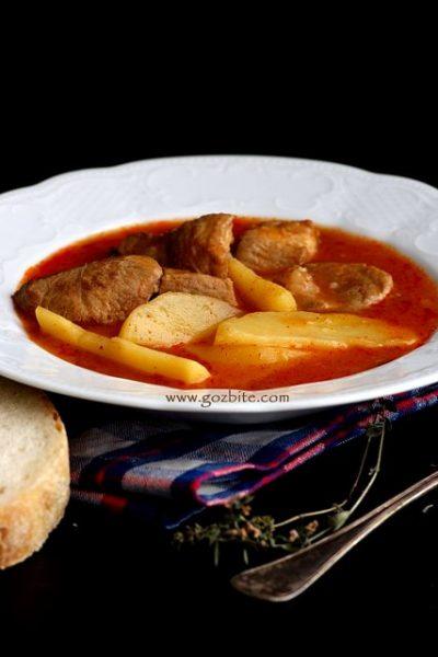 Вкусно ястие от свинско с картофи