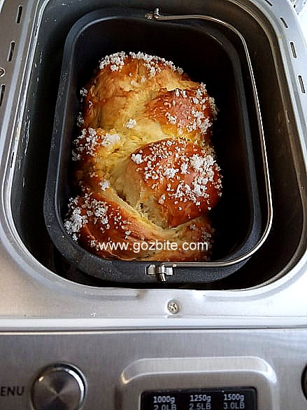Козунак в хлебопекарна на конци